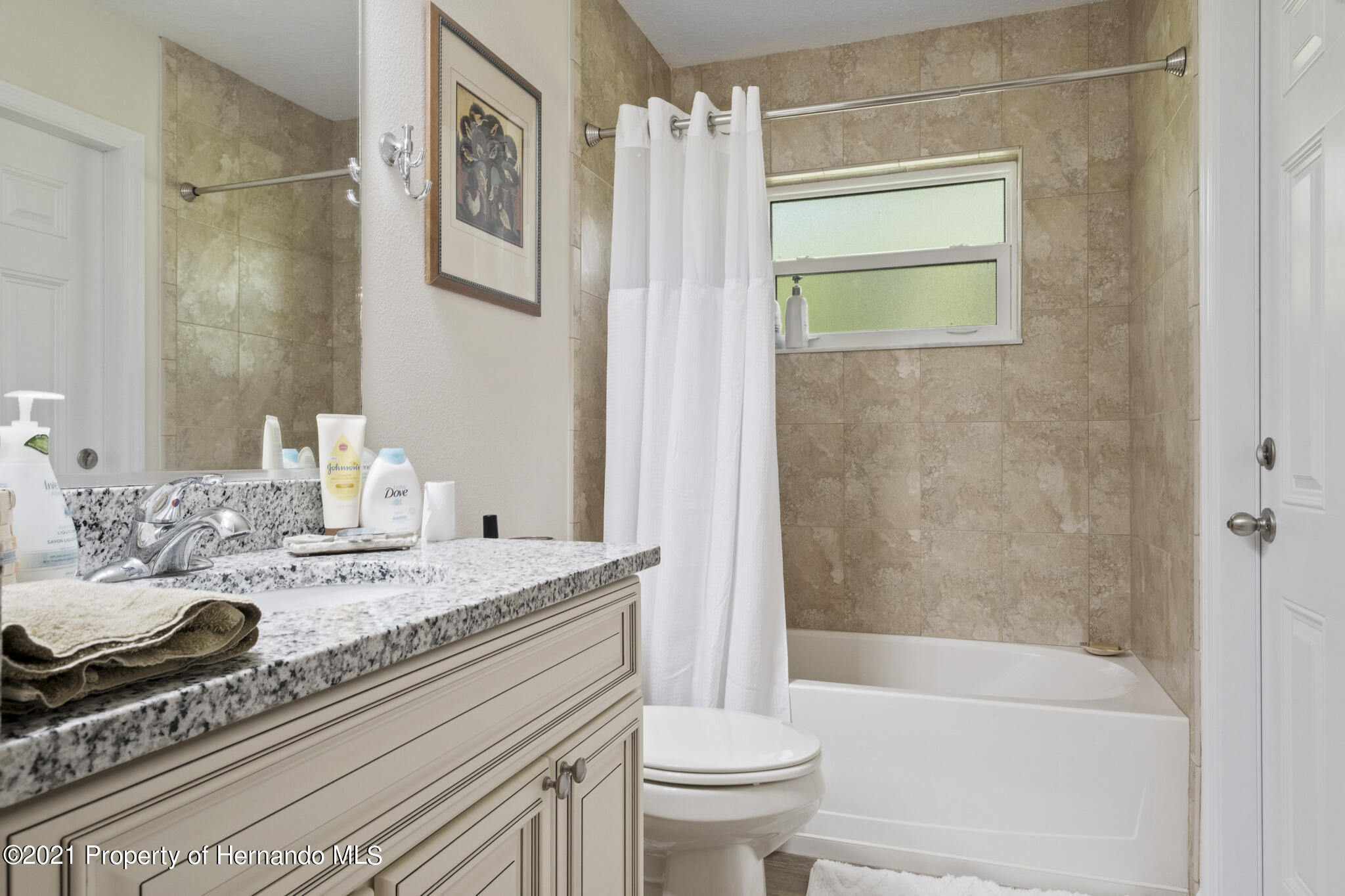Listing photo id 25 for 13 Twinberry Court