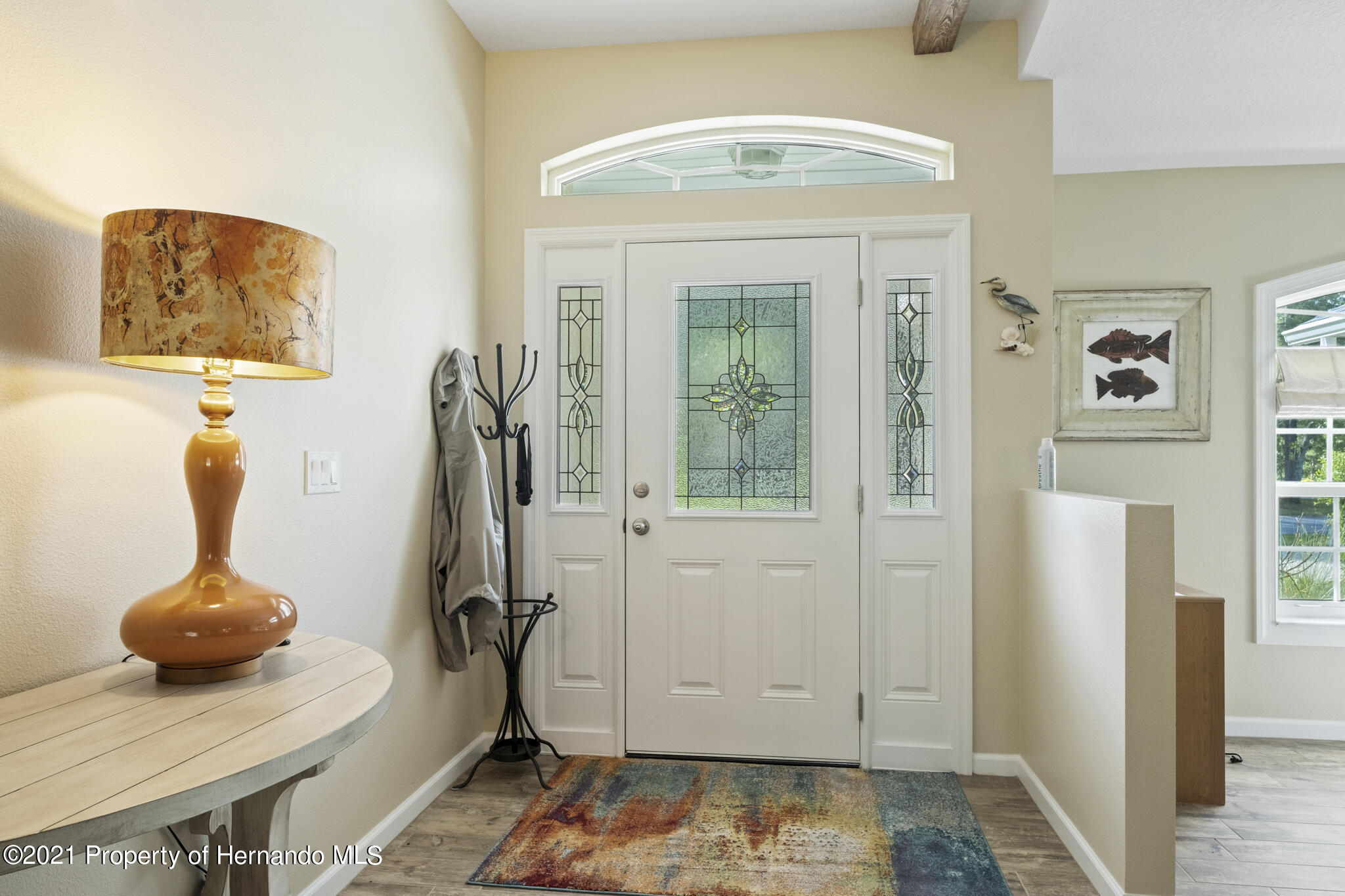 Listing photo id 4 for 13 Twinberry Court