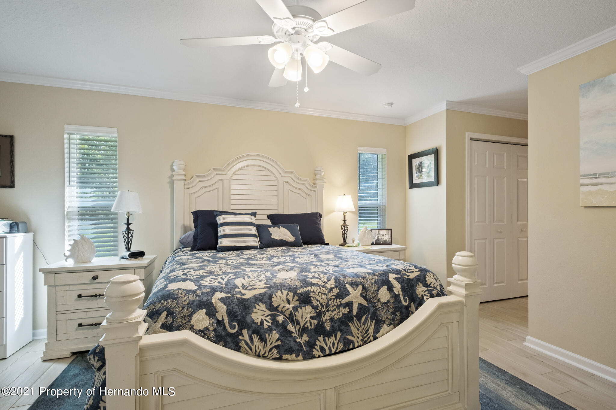 Listing photo id 20 for 13 Twinberry Court
