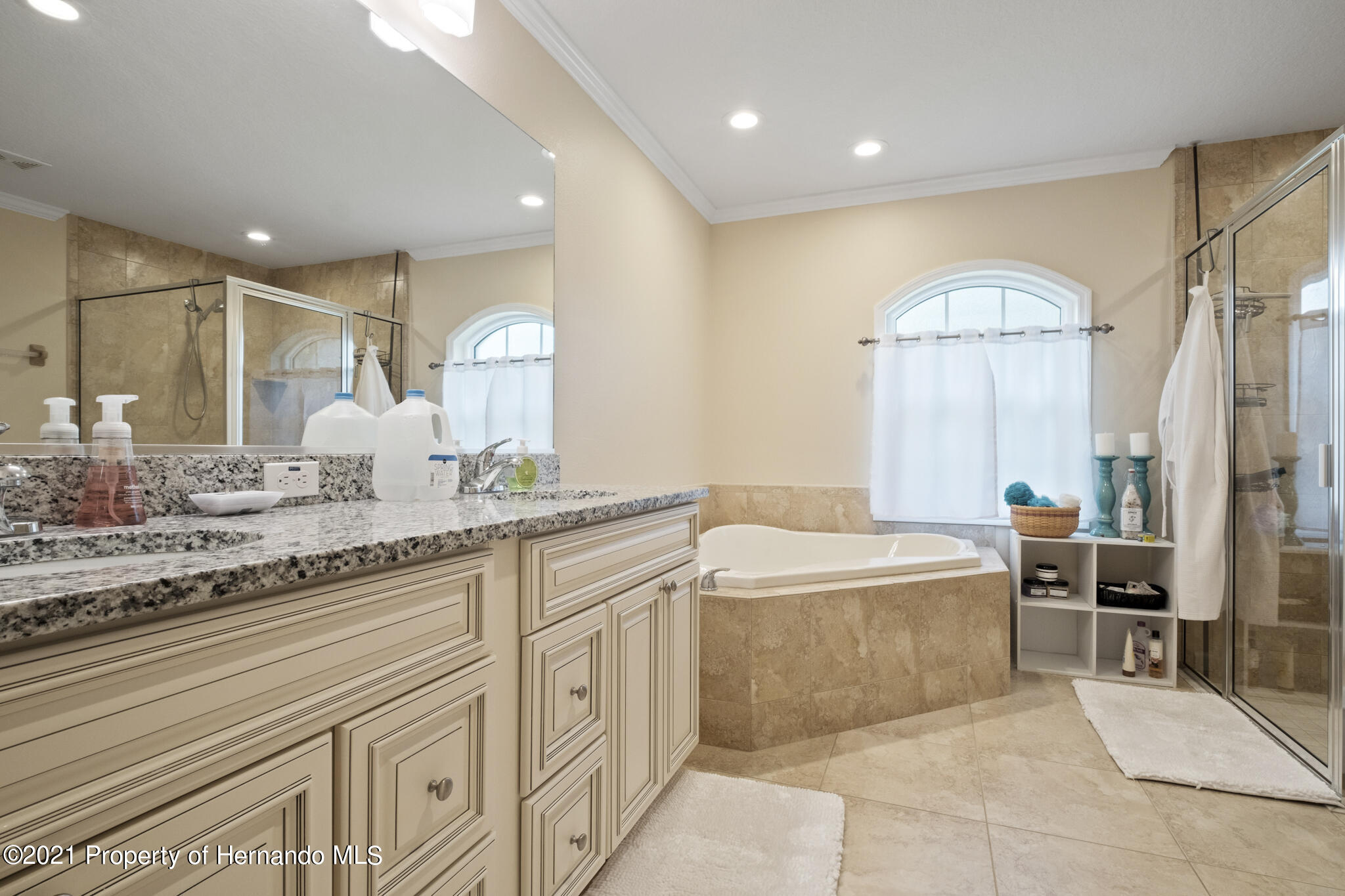Listing photo id 22 for 13 Twinberry Court
