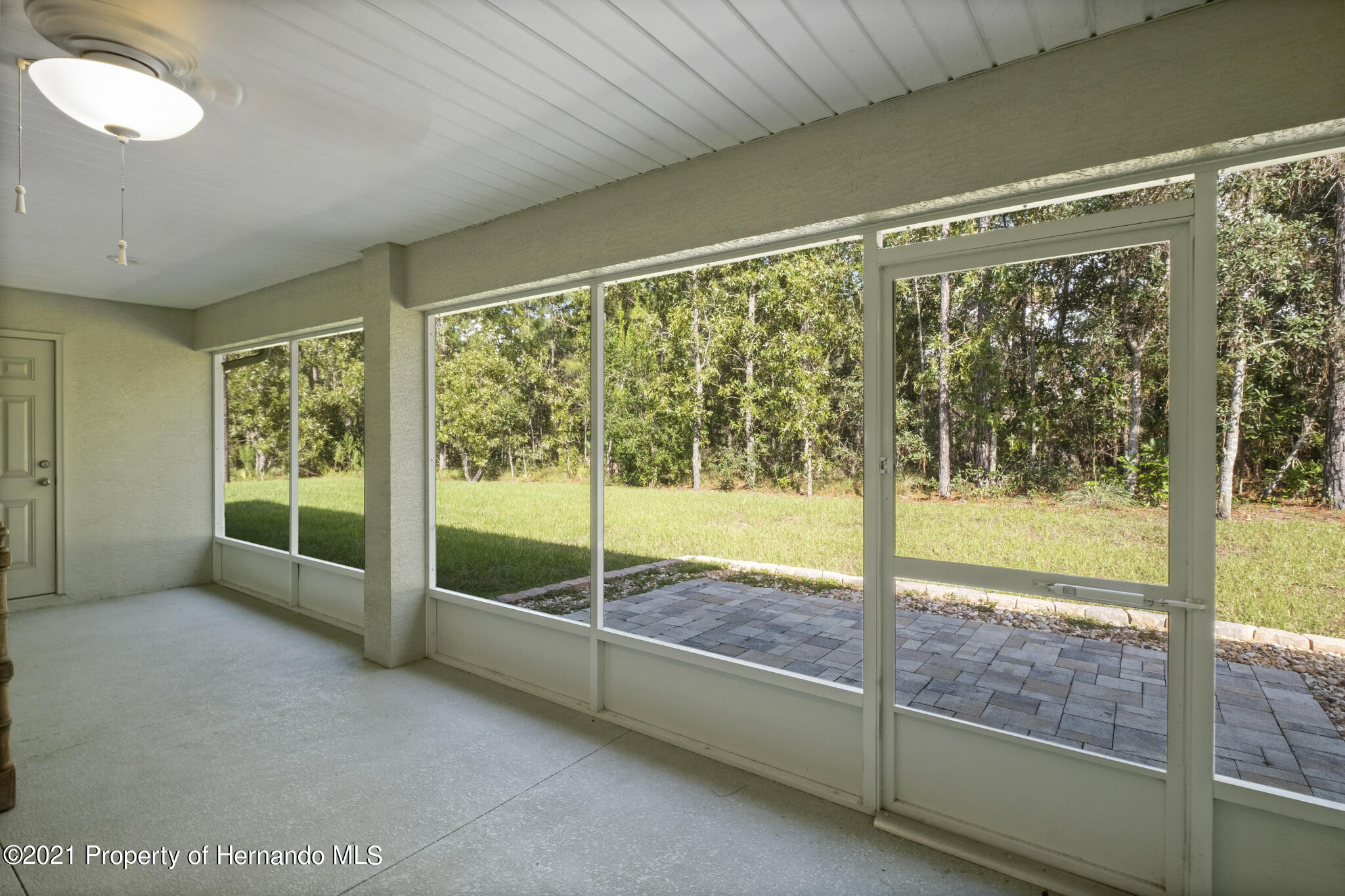 Listing photo id 28 for 13 Twinberry Court