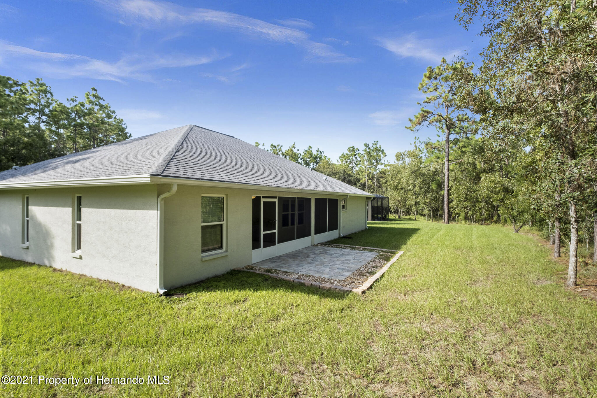 Listing photo id 30 for 13 Twinberry Court