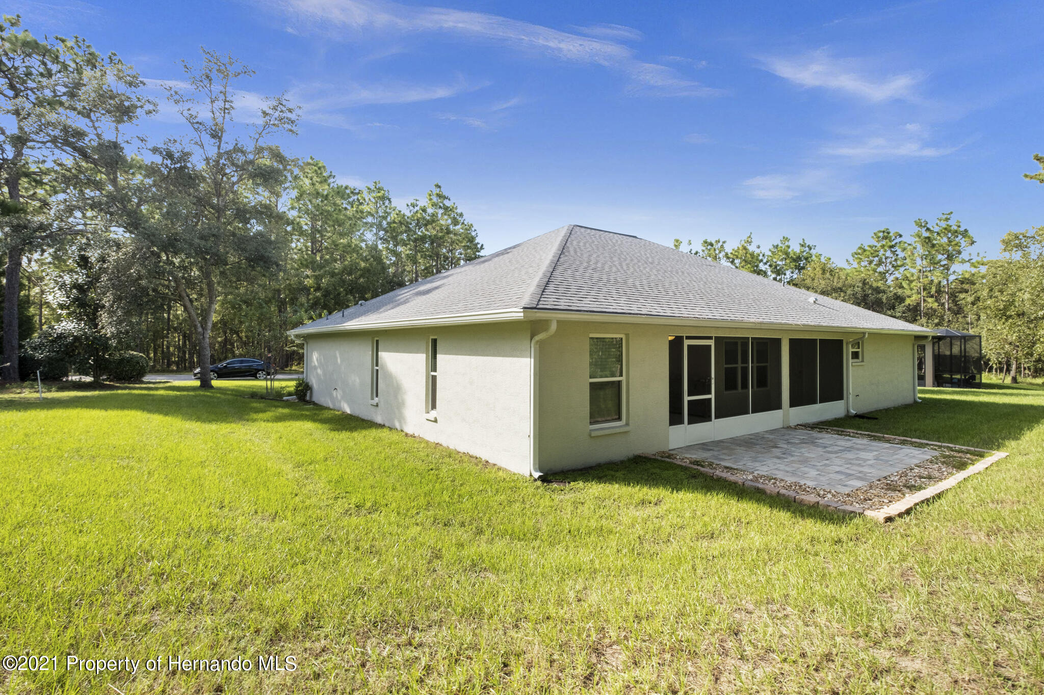 Listing photo id 31 for 13 Twinberry Court