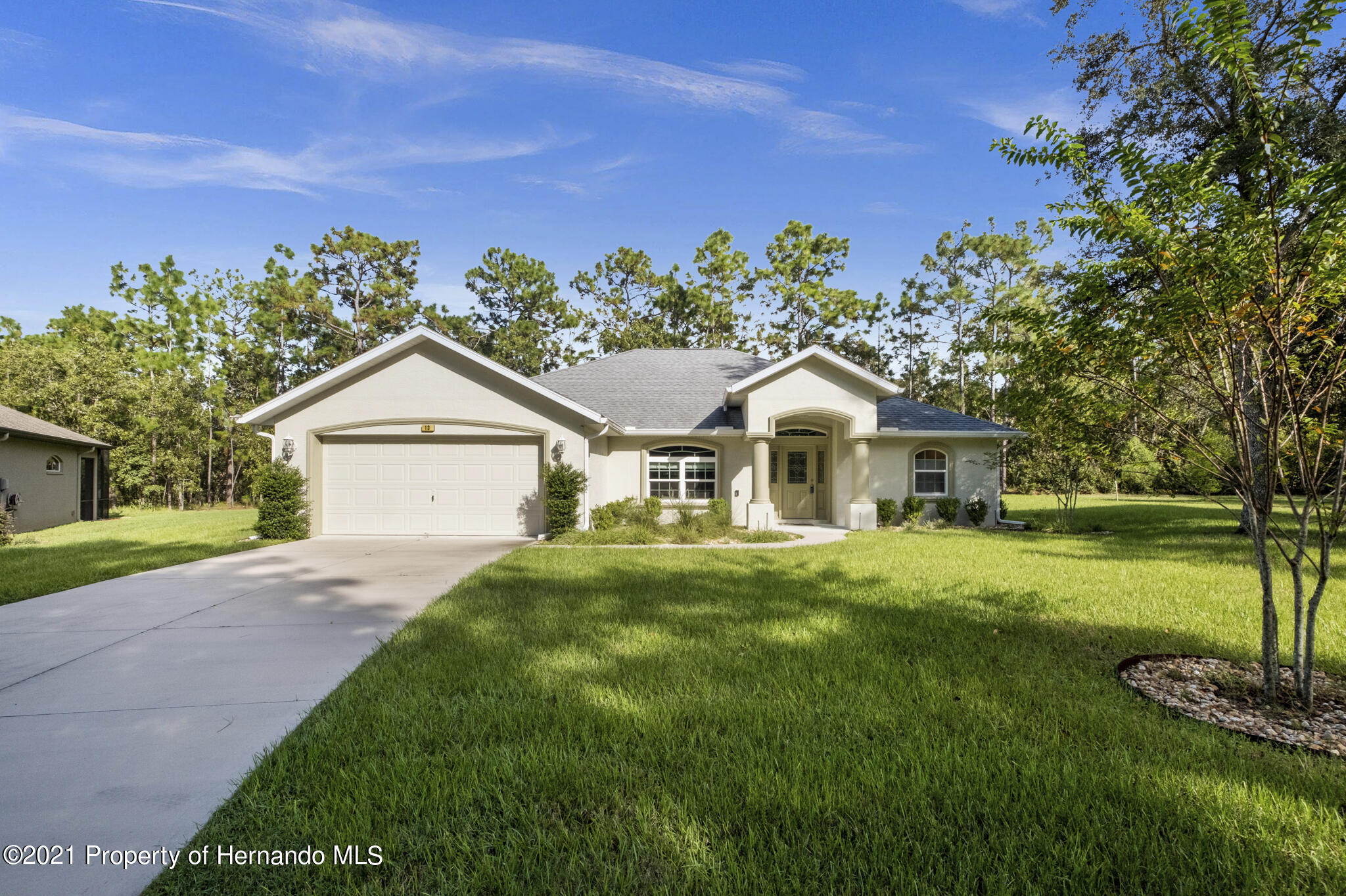 Listing photo id 37 for 13 Twinberry Court