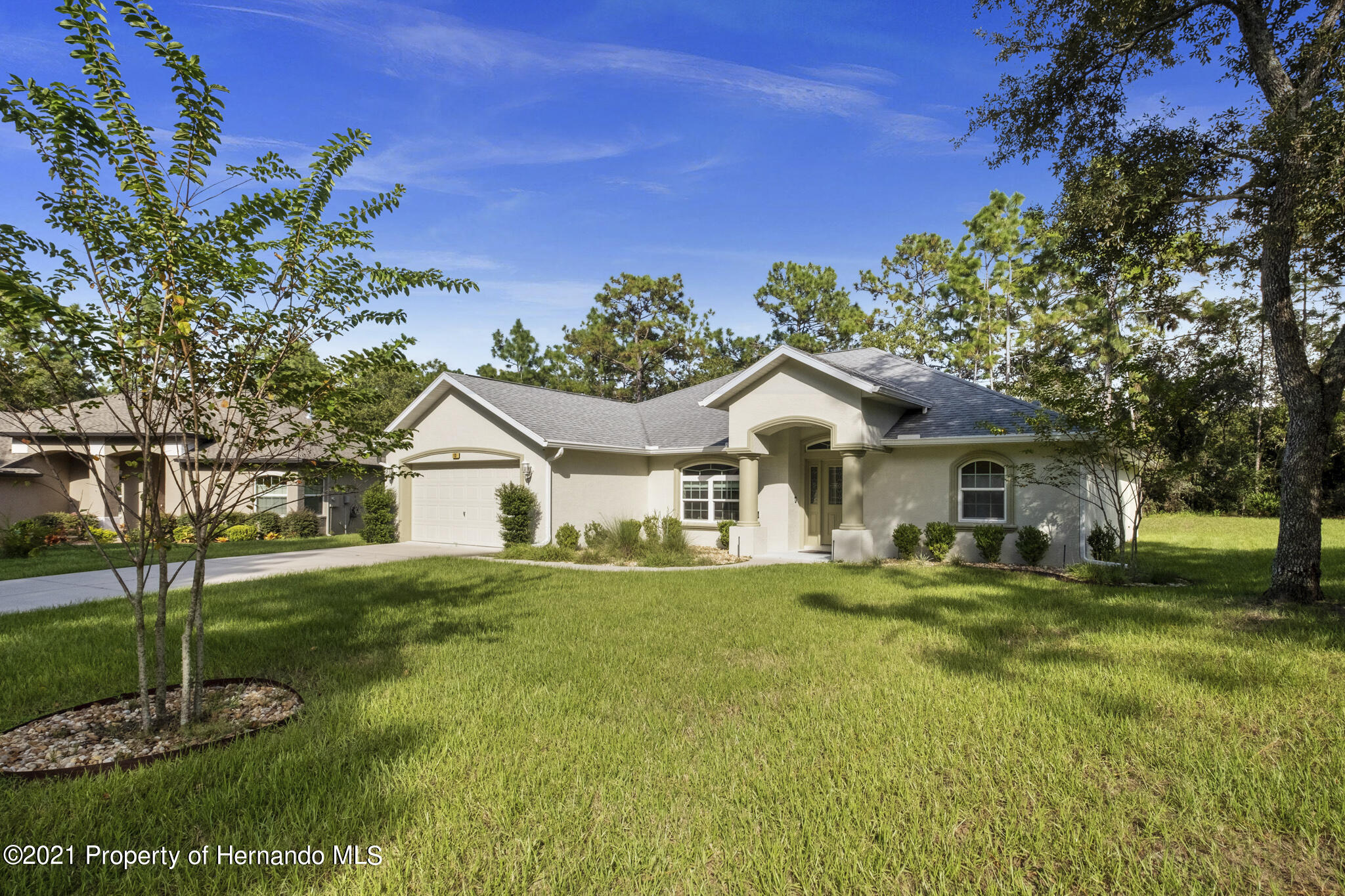 Listing photo id 36 for 13 Twinberry Court