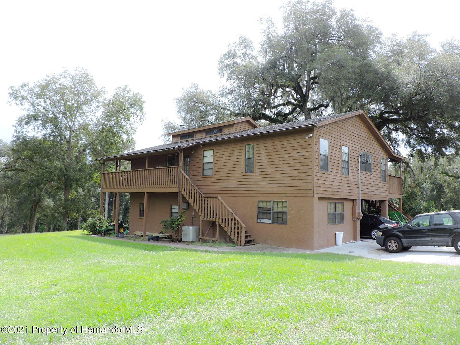 Details for 18530 Lake Iola Road, Dade City, FL 33523
