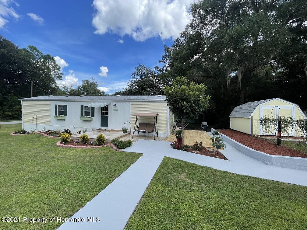 Details for 6649 S Withlapopka Drive, Floral City, FL 34436
