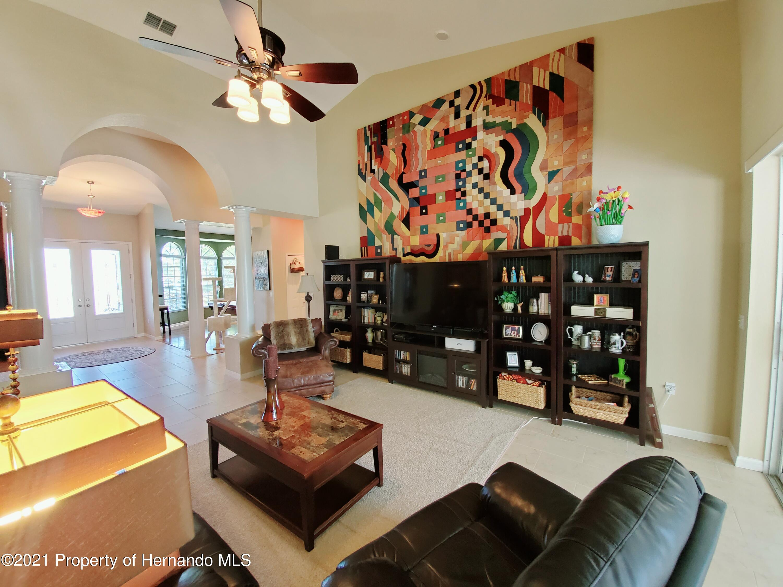Image 7 For 11298 Orangewood Court