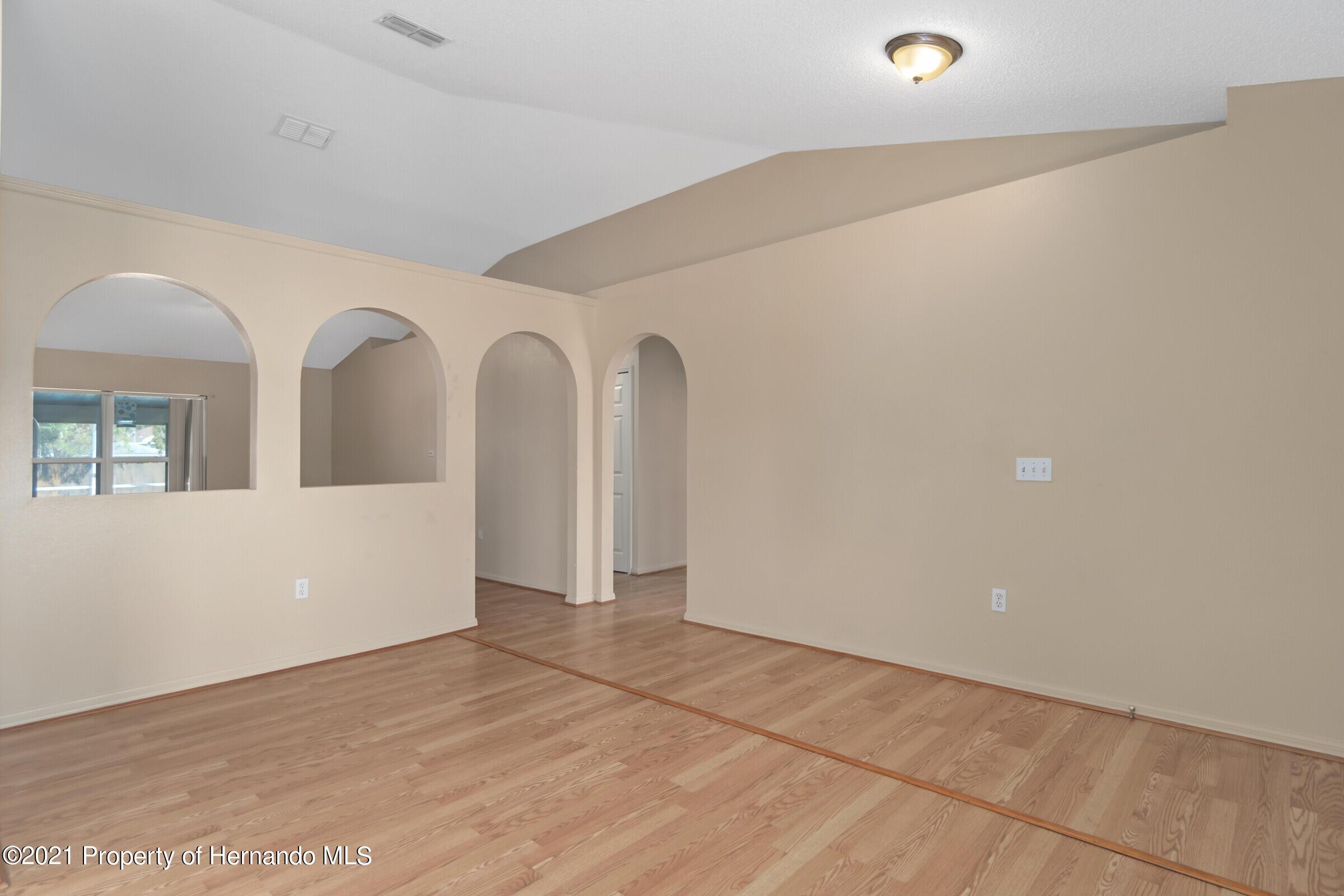 Image 7 For 5155 Baldock Avenue