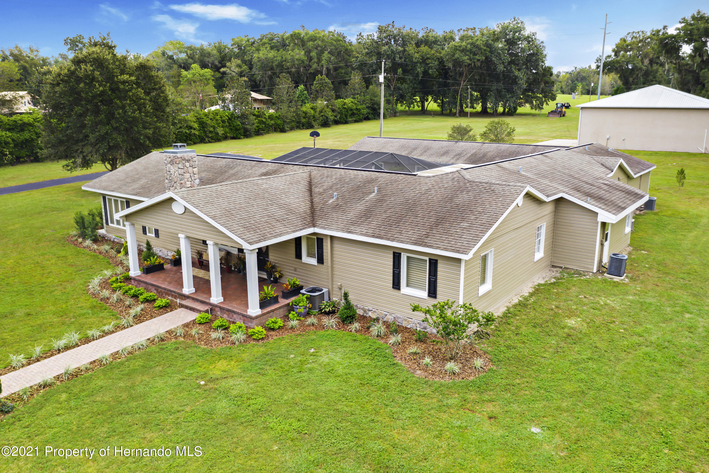 Image 6 of 76 For 23458 Croom Road