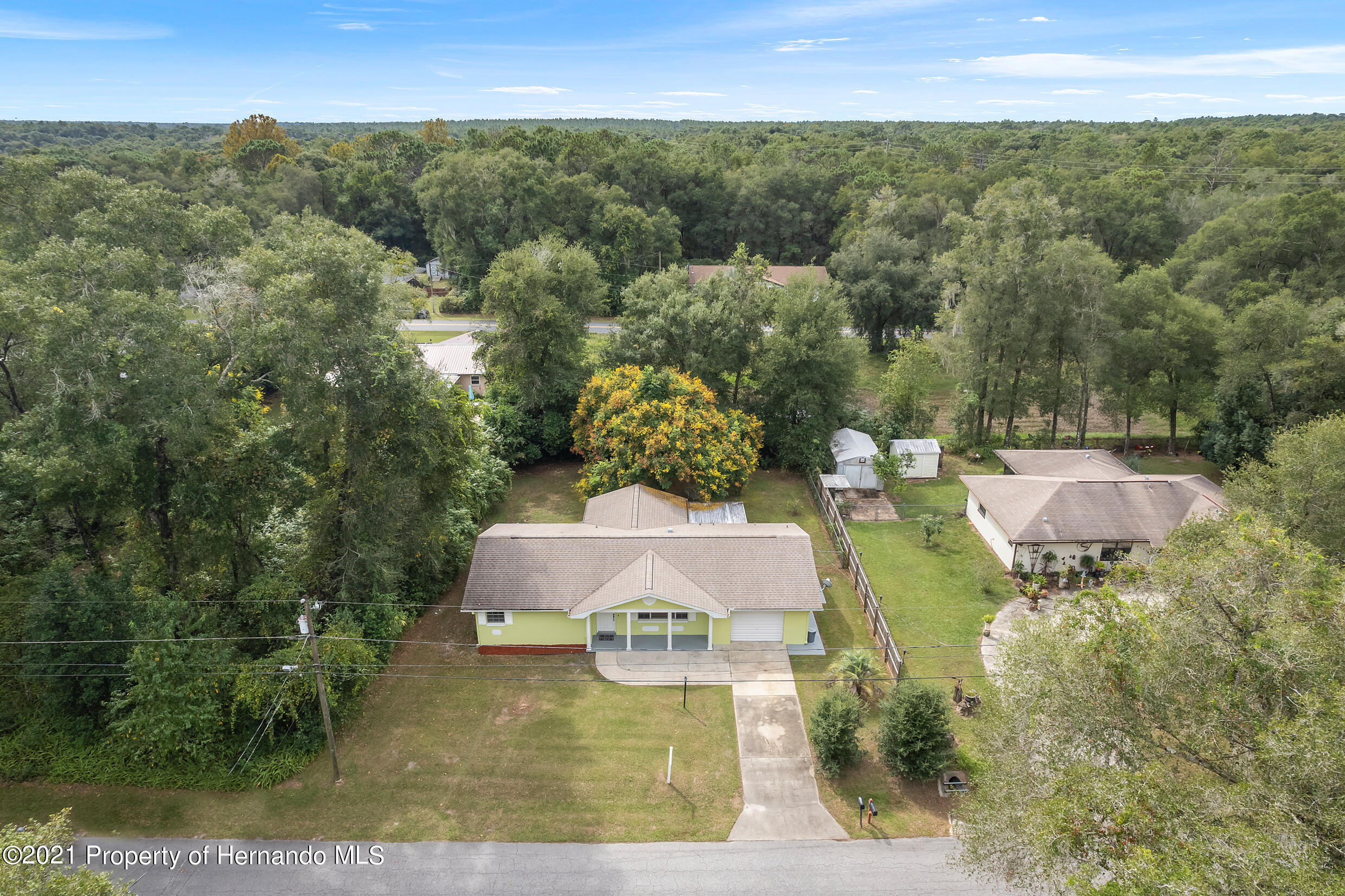 Listing photo id 27 for 6166 Wingate Street