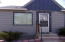awsome location 2 bedrooms small yard fenced
