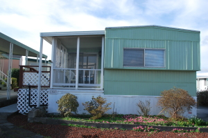 Well Kept manufactured home. Price for a quick sale