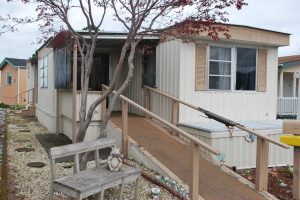 Tidy Little Manufactured Home