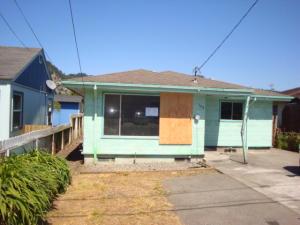 548 1st Avenue, Rio Dell, CA 95562