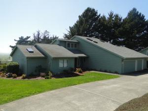 889 Vista Drive, McKinleyville, CA 95519