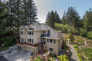 70 Eastridge Lane, McKinleyville, CA 95519