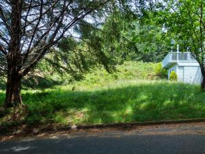39 Madrone Road, Shelter Cove, CA 95589