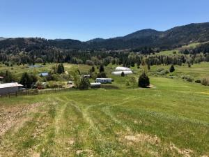 350 Meadow Lane, Larabee Valley, CA 95526