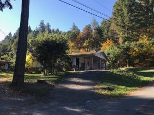 1443 The Terrace Road, Willow Creek, CA 95573