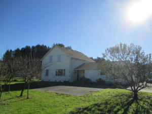 766 Centerville Road, Ferndale, CA 95536