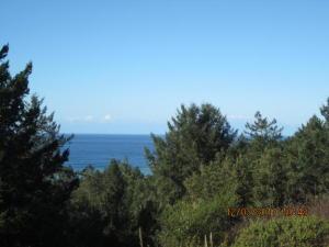 504 Seafoam Road, Shelter Cove, CA 95589