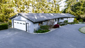 2670 Forest Knoll Lane, Eureka, CA 95503