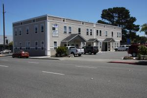 1036 5th Street, Eureka, CA 95501