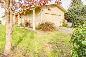 1590 Hilfiker Drive, Arcata, CA 95521