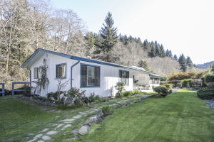 551 McDonald Creek Road, Trinidad, CA 95570