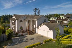 1701 Kristin Way, McKinleyville, CA 95519