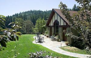 255 Benbow Dam Road, Garberville, CA 95542