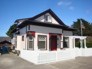1035 17th Street, Eureka, CA 95501