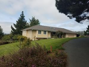 6688 Rohnerville Road, Hydesville, CA 95547