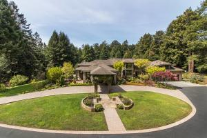 166 Brightwood Lane, Eureka, CA 95503