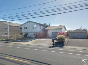 2266 Mckinleyville Avenue, McKinleyville, CA 95519