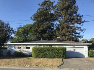 1390 Hilfiker Drive, Arcata, CA 95521