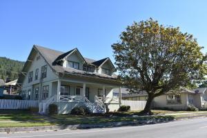 134 Main Street, Scotia, CA 95565