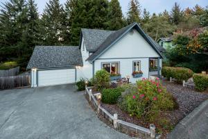1373 Mill Creek Road, McKinleyville, CA 95519