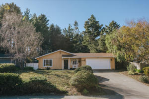 6856 London Drive, Humboldt Hill, CA 95503
