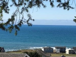 40 Spruce Road, Shelter Cove, CA 95589