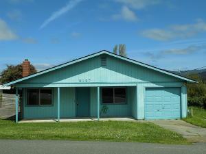 3137 Campton Heights Drive, Fortuna, CA 95540