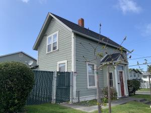 2404 Summer Street, Eureka, CA 95501