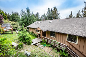 2614 Clay Road, McKinleyville, CA 95519