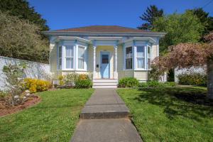 1635 L Street, Eureka, CA 95501