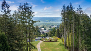 2551 Hillside Drive, Fortuna, CA 95540