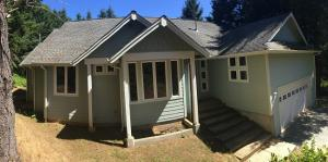 113 Spur Court, Shelter Cove, CA 95589