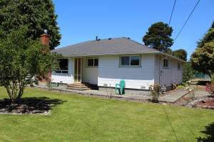 1820 Pickett Road, McKinleyville, CA 95519