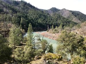 ±26.6 Acre S. Fork Of Salmon River None, Out of County, CA 99999