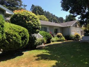 1607 Rohnerville Road, Fortuna, CA 95540